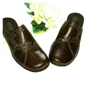 Clarks  Leather Brown Mule Clogs